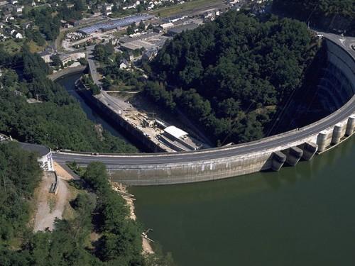 barrage1.jpg